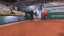French Open: Fiona Ferro vs Sofia Kennin…